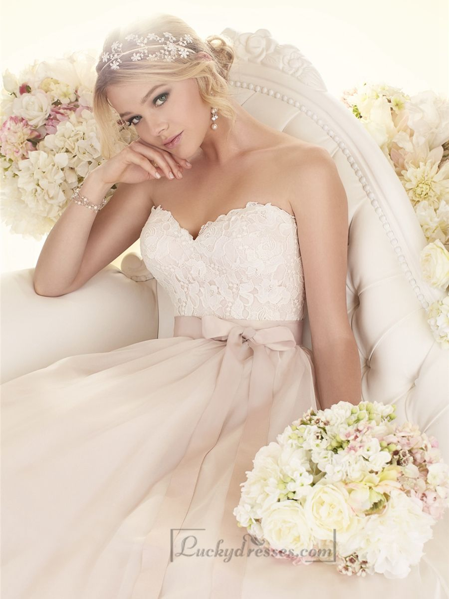 Sweetheart A-line Wedding Dresses Sale On LuckyDresses.com With Top Quality And Discount