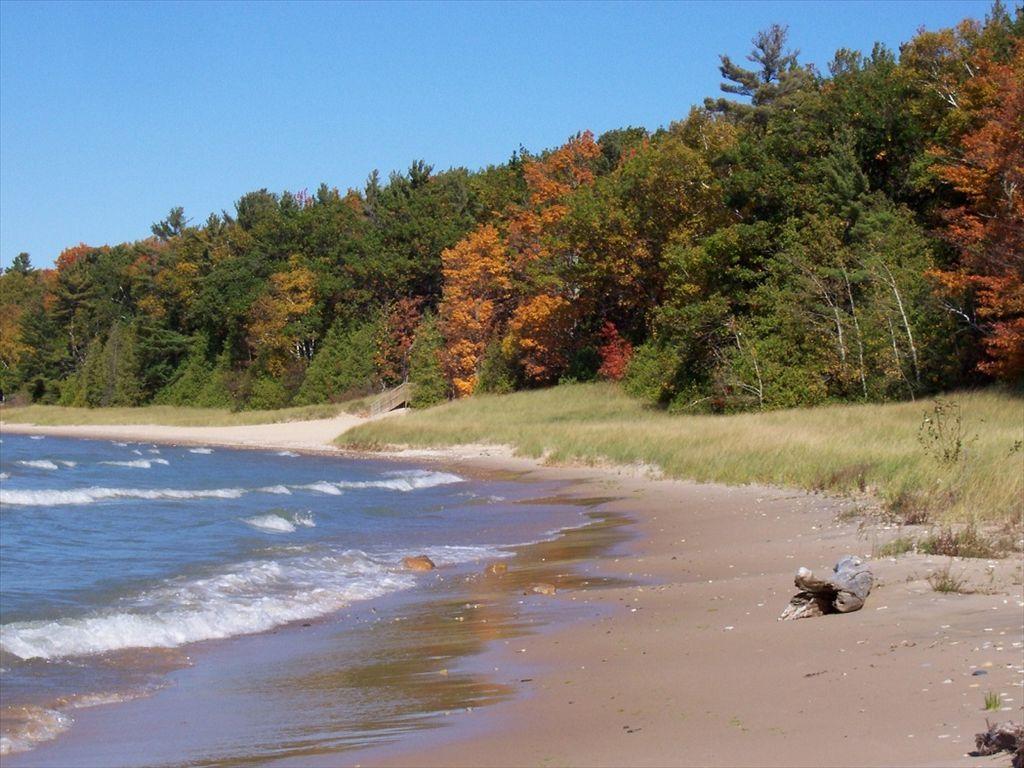 Barnes County Park - camping north of Torch Lake and Lake ...