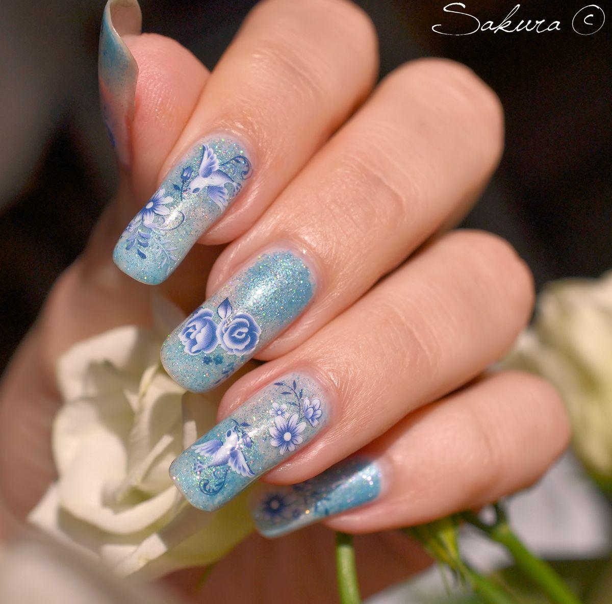 NAIL-ART-DEGRADE-HOLO-BLEU-WD | Nail Art | Pinterest | Art nails ...