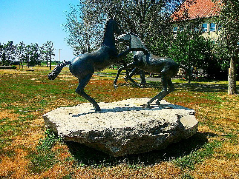 Playing colts statue, Hortobágy,