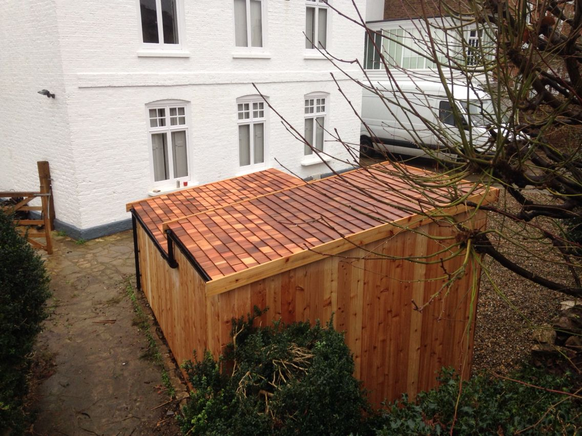 Bespoke motorbike and bike shed with cedar shingle roof ...