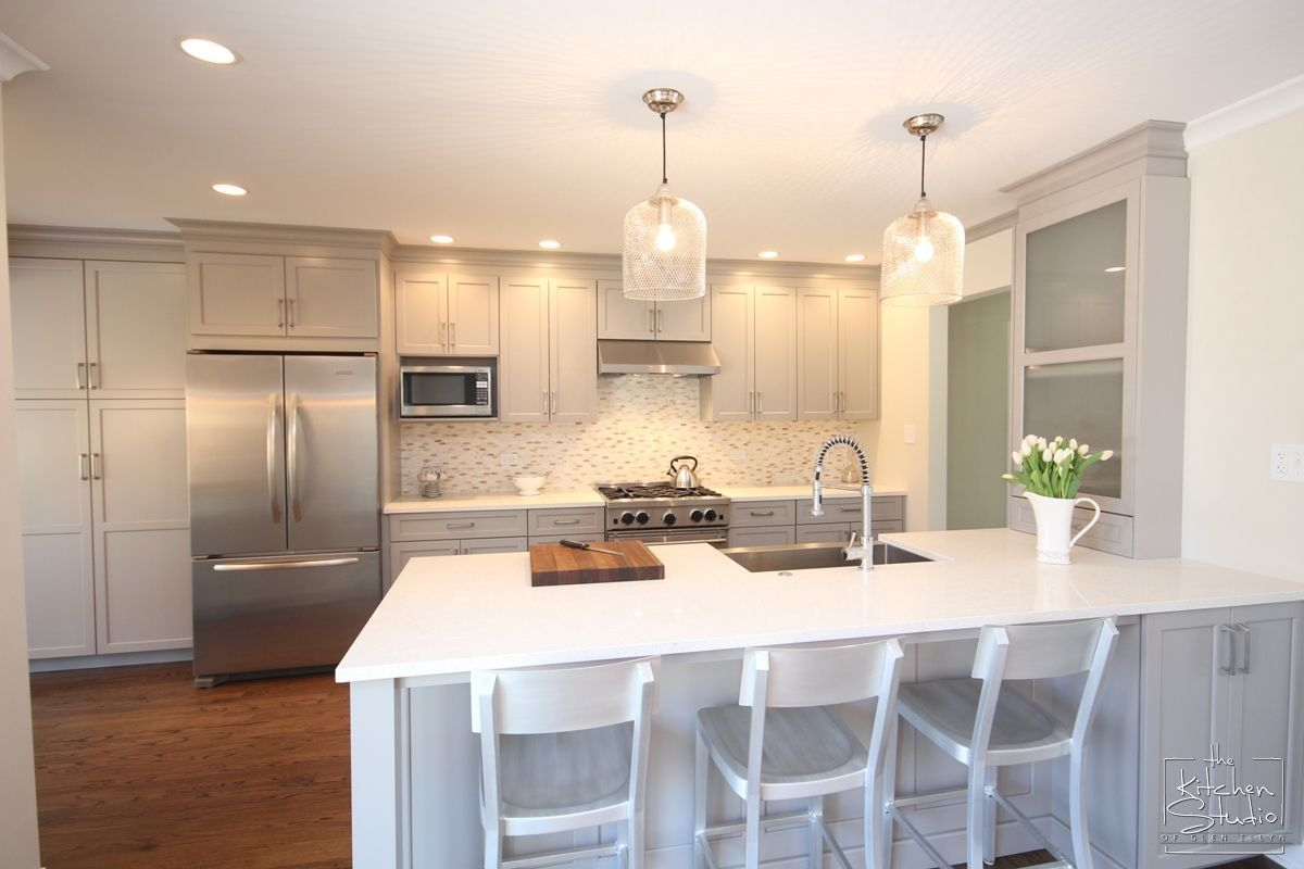 Bright and Beautiful Kitchen Remodel | The Kitchen Studio of Glen ...