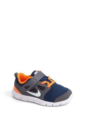 nike free run 5.0 sneaker (baby walker & toddler)