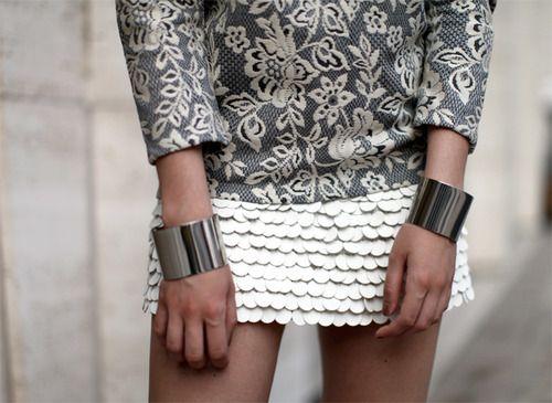 Wrist cuffs.