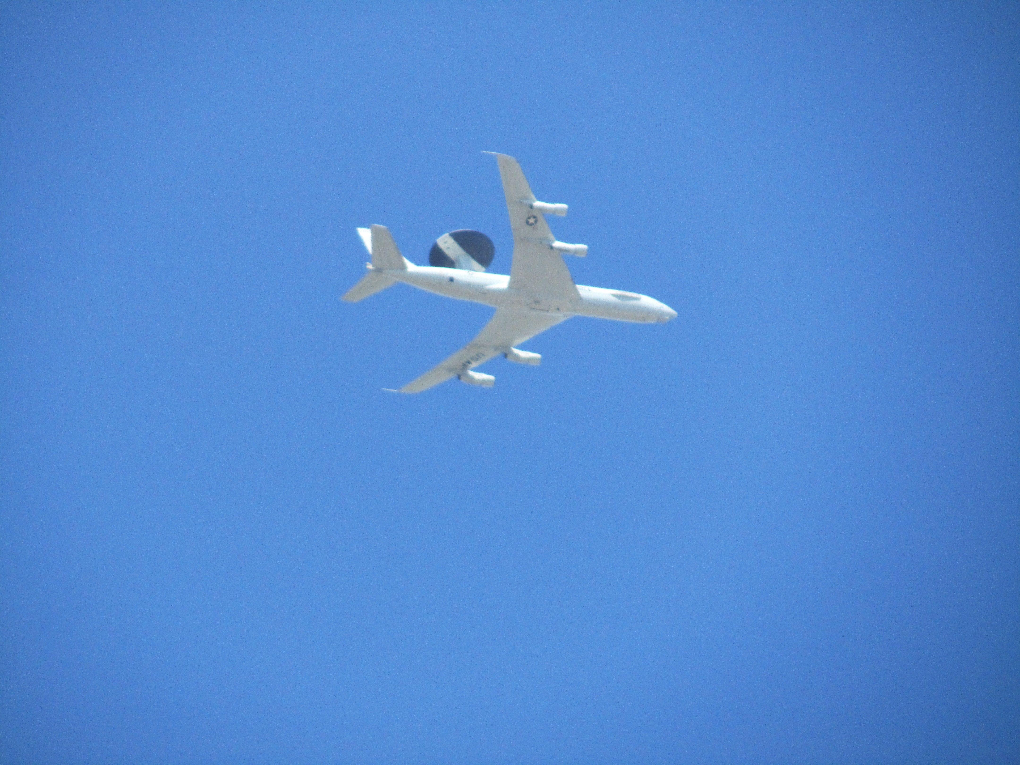 AWAC USAF 30 de marzo de 2011