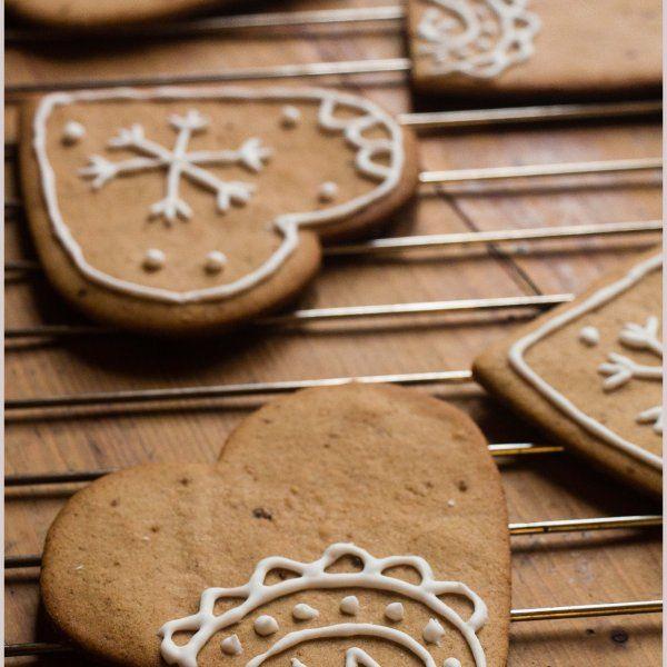 Gingerbread cookies – Biscotti di pan di zenzero   panelibrienuvole