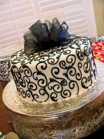 Black And White Wedding Cake Pictures Black And White Wedding Cake White Wedding Cakes Cake