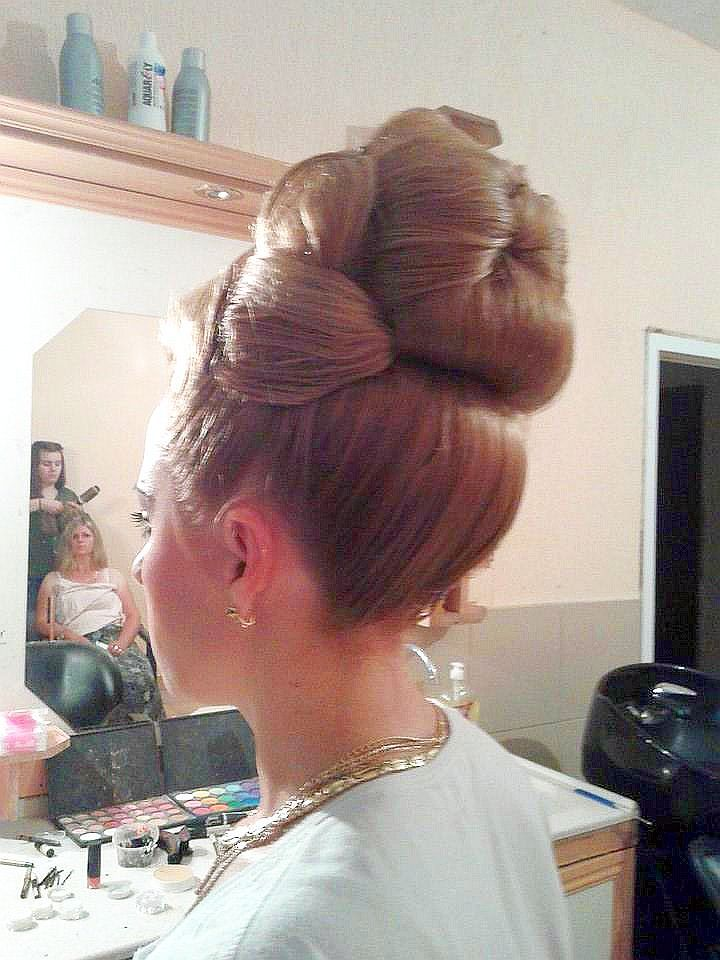 Pretty Big Bun Hair Hair Movie Bun Hairstyles