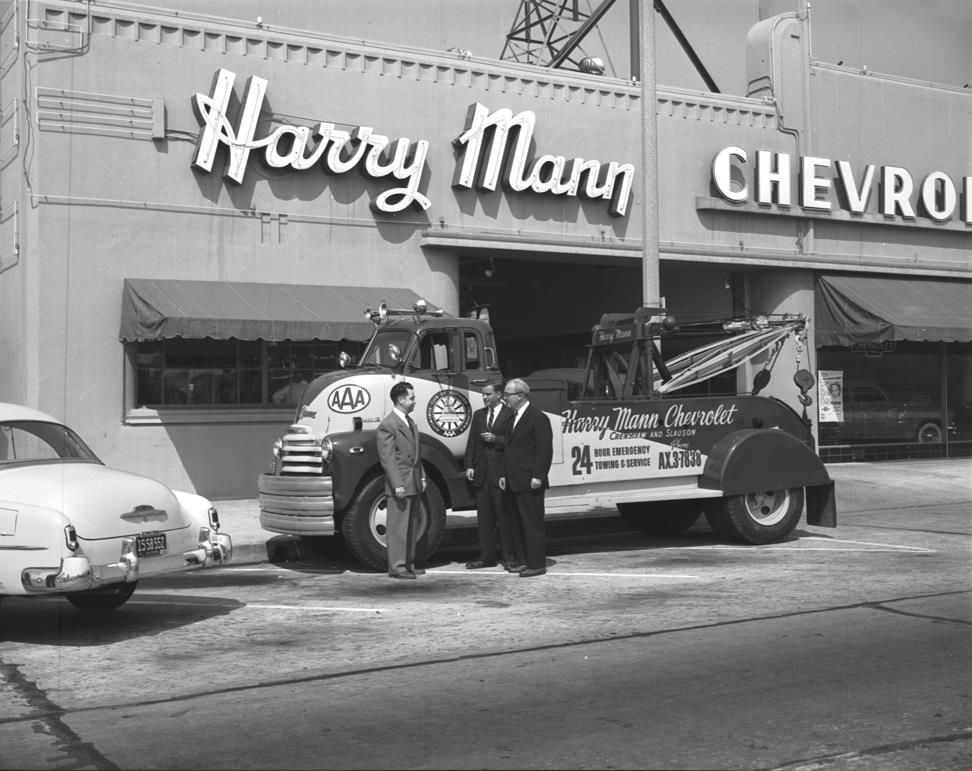 harry mann chevrolet dealer los angeles 1950s vintage usa trucks chevrolet et tow truck. Black Bedroom Furniture Sets. Home Design Ideas