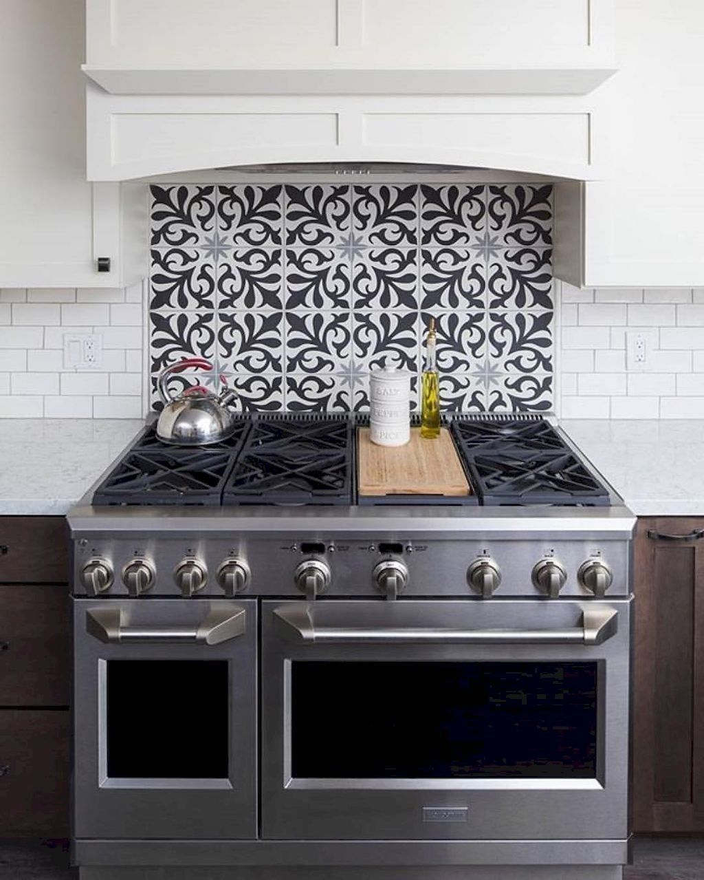 Popular Modern Farmhouse Kitchen Backsplash Ideas 09 Yeni Mutfak Modelleri Mutfak Yenileme Mutfak Tasarimlari