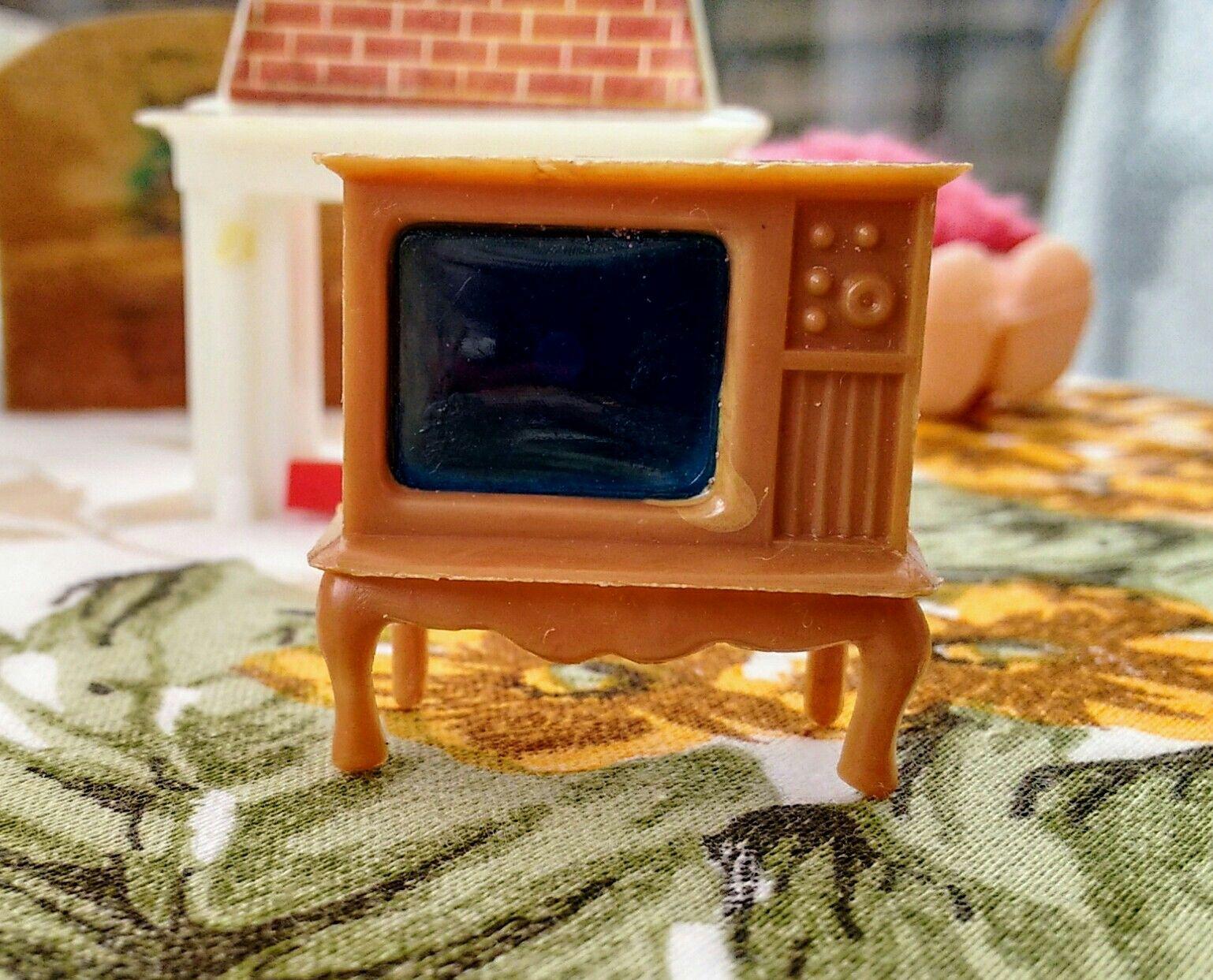 Dolls House furnishings