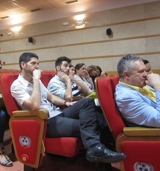 Salón de Actos de la Fac CC de la Información UCM durante el Acto de Clausura de la IV Promoción de Expertos en Periodismo Gastronómico y Nutricional de la Fac. de CC de la Información de la Universidad Complutense de Madrid (UCM). 14.06.2013 Imagen Nuria Blanco, @nuriblan
