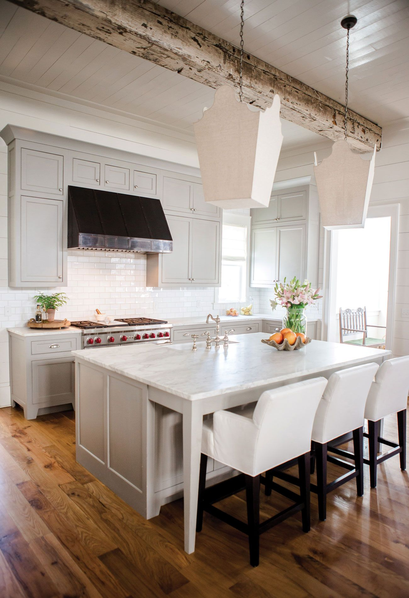 Behind The Design With Ashley Gilbreath Home Kitchens Beach House Kitchens Kitchen Design