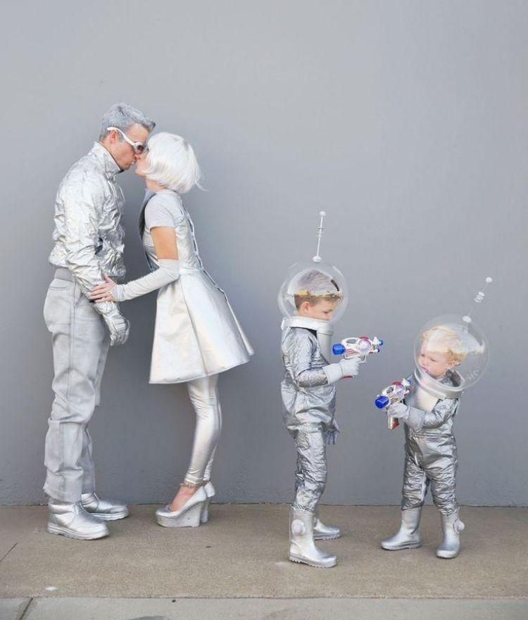 Fasching Ideen Karneval Kostueme Familie Futuristisch Zukunft Silber