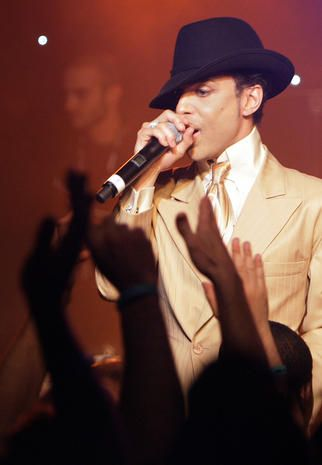 "Prince - 2007  Maverick musician Prince performs early July 17, 2007 during a jam session after his sold-out concert at the 41st edition of the Montreux Jazz Festival. Prince's album ""Planet Earth"" went on sale the following week.  Credit: Fabrice Coffrini/AFP/Getty Images"
