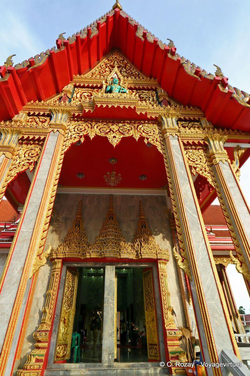 Entree D Un Des Temples Du Wat Chalong Mueang Phuket Tailandia Phuket Chalong Thailand