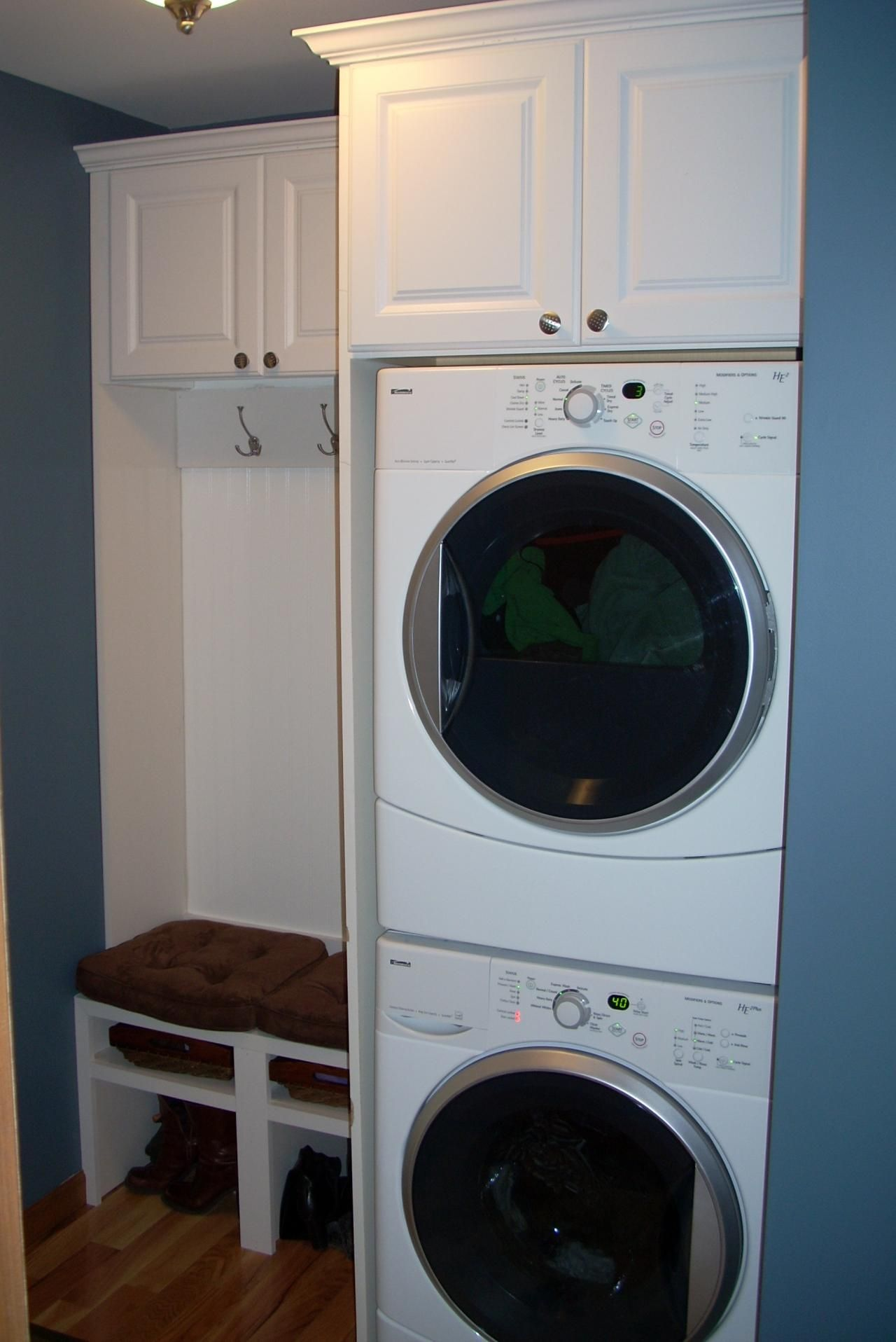 MacGYVER Development - Laundry / Mud Rooms - click for a closer look