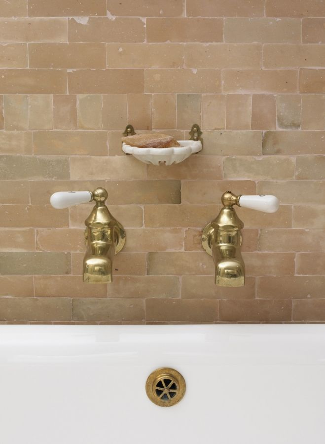 Brick bath | Materials - Stone, Rock, Brick | Pinterest | Bricks ...