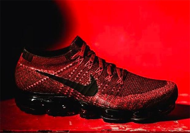 more new looks for the nike air vapormax continue to come in