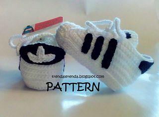 Se trata de un patrón para la realización de las zapatillas de bebé con la forma de las Adidas Superstar, no del producto terminado.