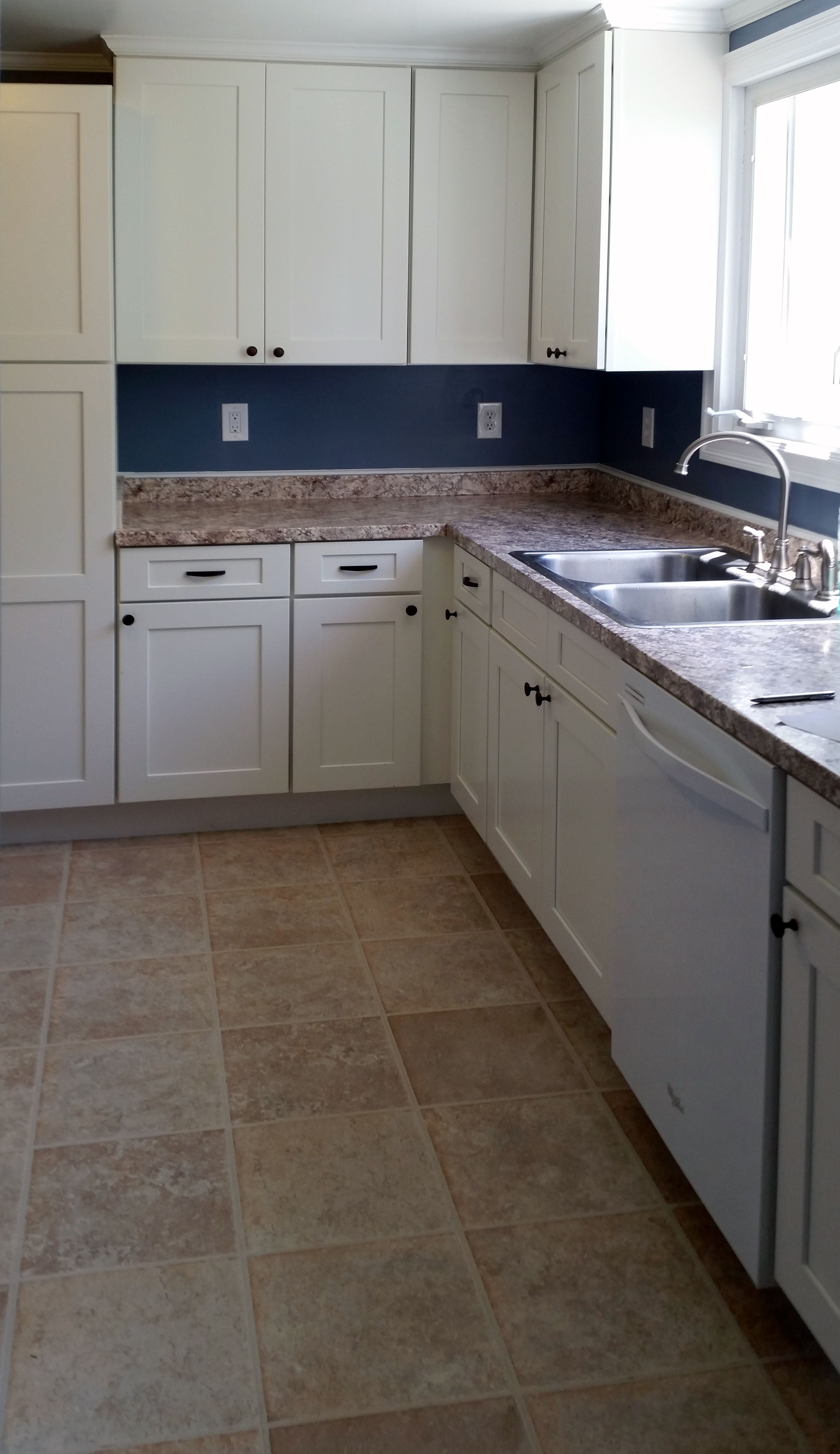 At Bargain Outlet, Kitchen Cabinets, Floors, Windows, And Doors Are Set To  A Guaranteed Lowest Price.