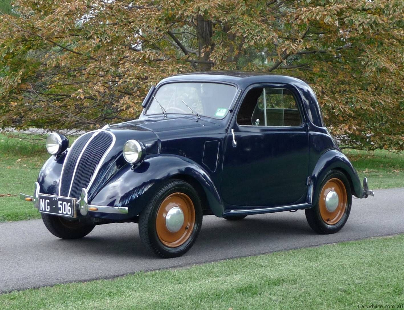 FIAT Topolino. have been asking my parents for this car since I was a wee  lass of 10! it is about time no?
