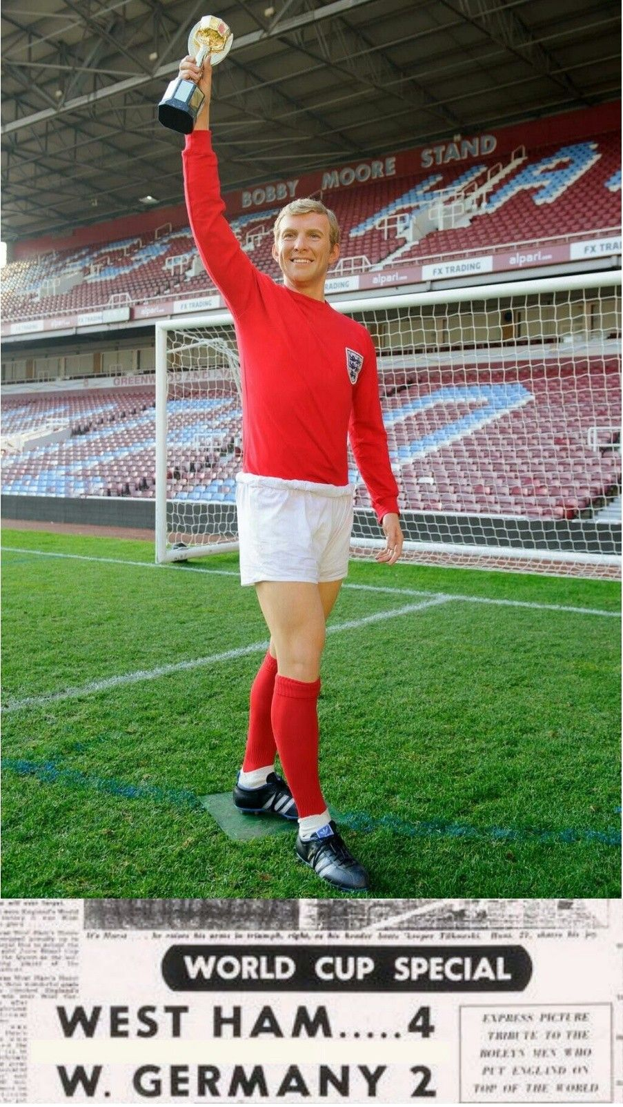 Bobby Moore Win The 1966 World Cup For West Ham England Football Team Bobby Moore England Football Players