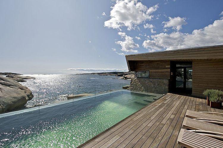 splendide maison bois et pierre contemporaine de bord de mer en norvge