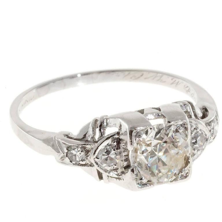 Art Deco Diamond Platinum Verlobungsring, #Art # Artdecoengagementring1930s #Deco #Diamond # ... -  Art Deco Diamant Platin Verlobungsring,  #Kunst # Artdecoengagementring1930s #Deco #Diamant #Engage - #Art #Artdecoengagementring #artdecoengagementring1930s #Beachglassjewelry #Deco #diamond #diyjewelrytutorial #platinum #verlobungsring