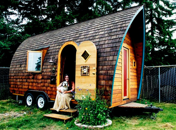 tiny house on wheels plans form curved walls, the dominant brown
