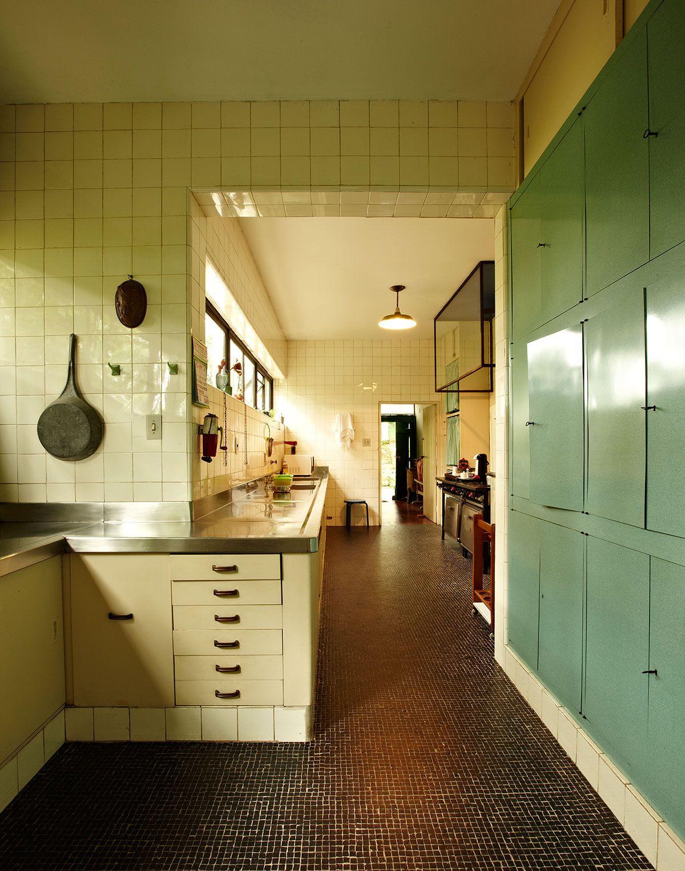 Beautiful Image Of The Kitchen At Lina Bo Bardi S Casa De Vidro