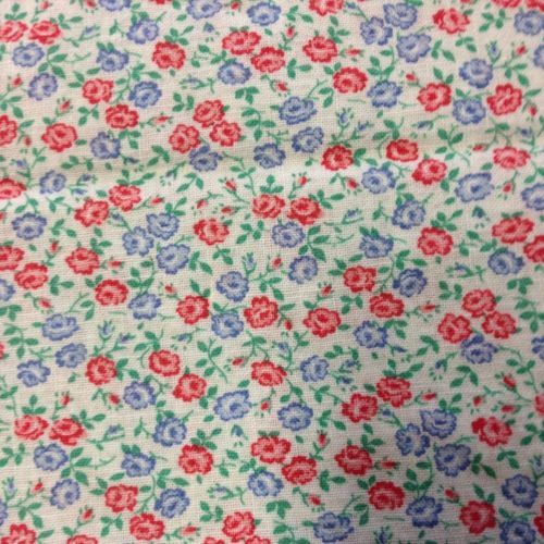Vintage Feedsack Fabric, Sweet Flower Design, 22 X 36.