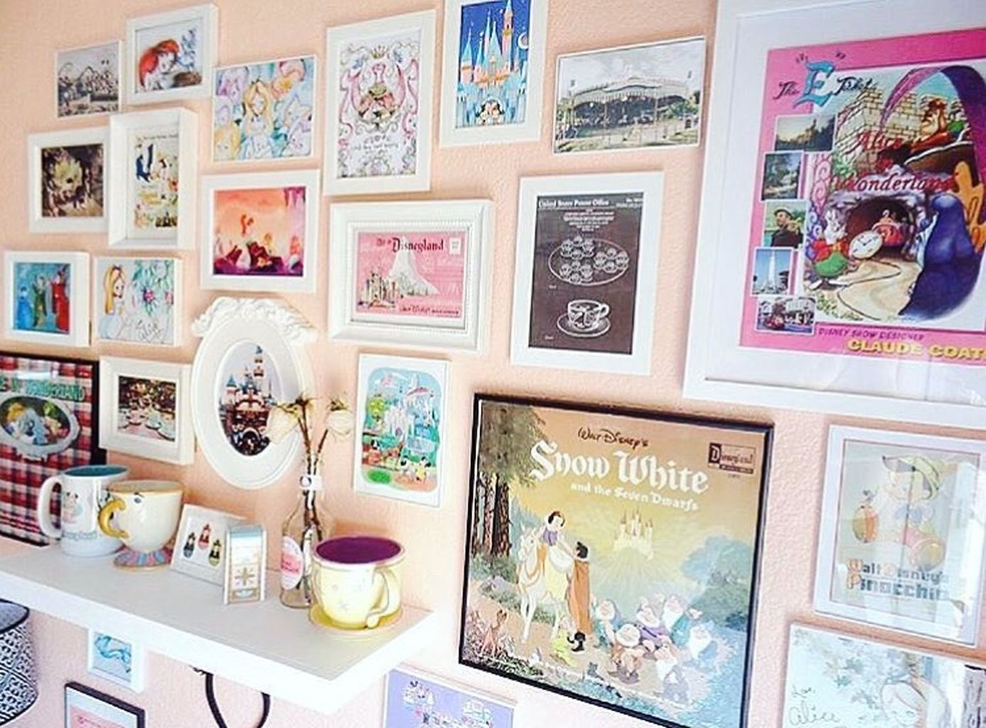 40+ Disney Room Decoration #disneyrooms