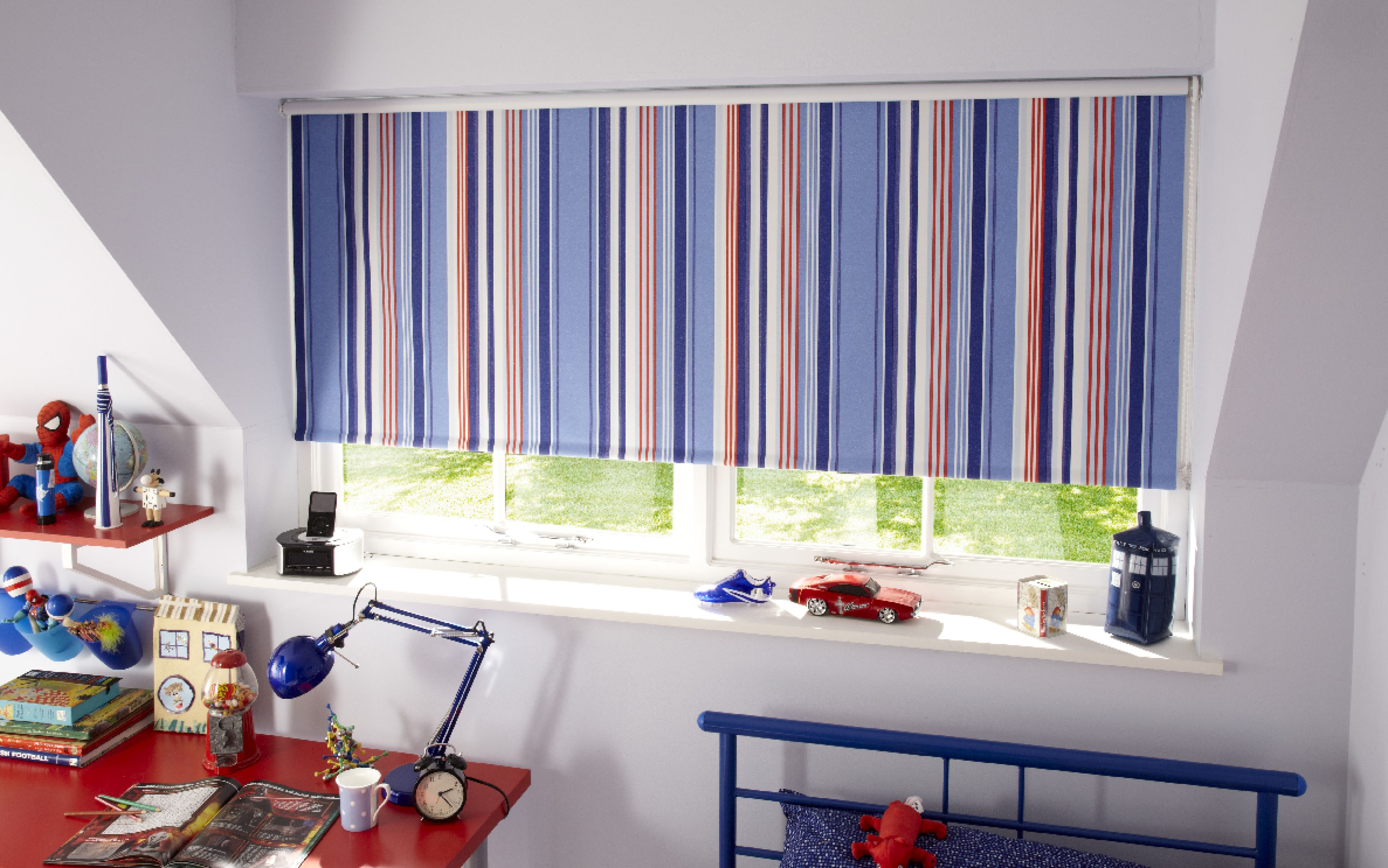 Roller Blinds A Blind For All Reasons And Seasons.