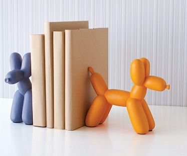 balloon dog bookend! (Click for price)