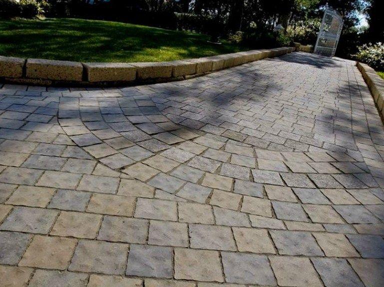 PAVÉ AUTOBLOQUANT POUR EXTÉRIEUR CANGRANDE® LIGNE ROCCIABLOCK® BY - pave pour terrasse exterieur