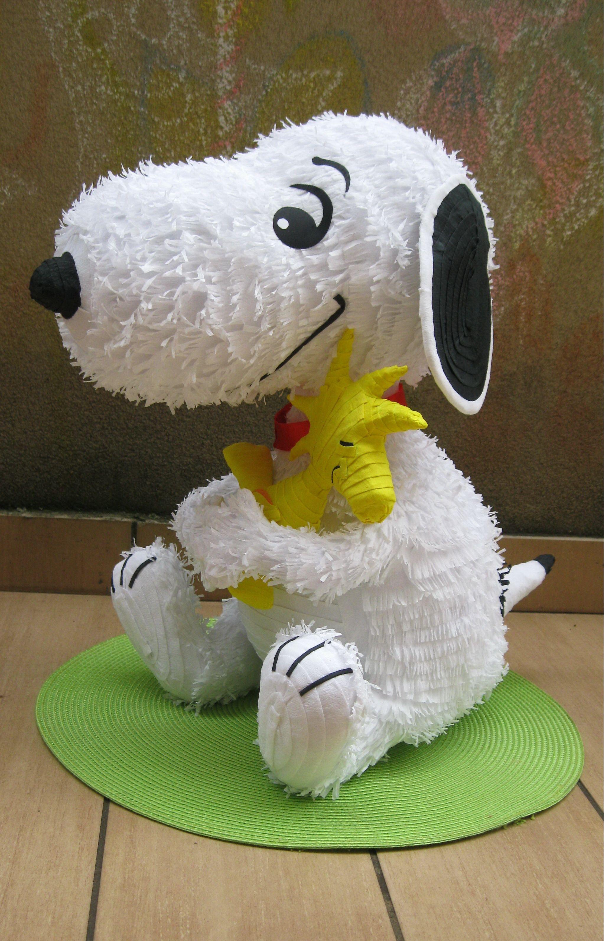 Snoopy pinata unine i jelenine pinjate pinterest pi atas fiestas y cumplea os - Pinatas de cumpleanos ...