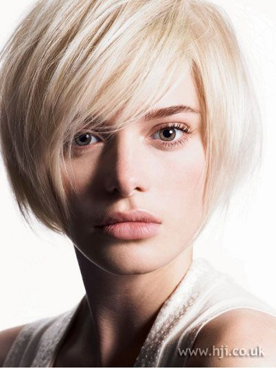 Blunt Bob Hairstyles Trend 2010 2006 Bob Fringe Hairstyle