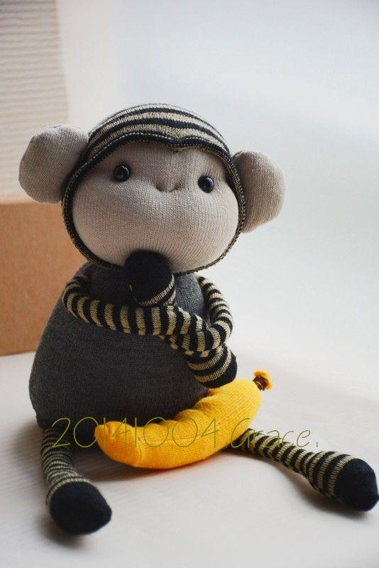 Grace--sock monkey | Toy | Pinterest | Sockentiere, Socken puppen ...