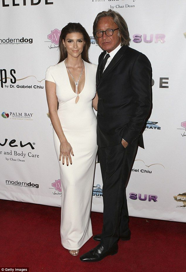 Shiva Safai doesn't care about 33-year age gap with Mohamed Hadid ...