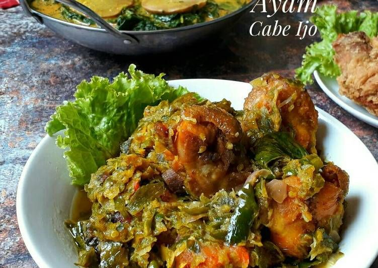 Resep Ayam Goreng Cabe Ijo Oleh Sukmawati Rs Resep Resep Ayam Resep Makanan Sehat Memasak
