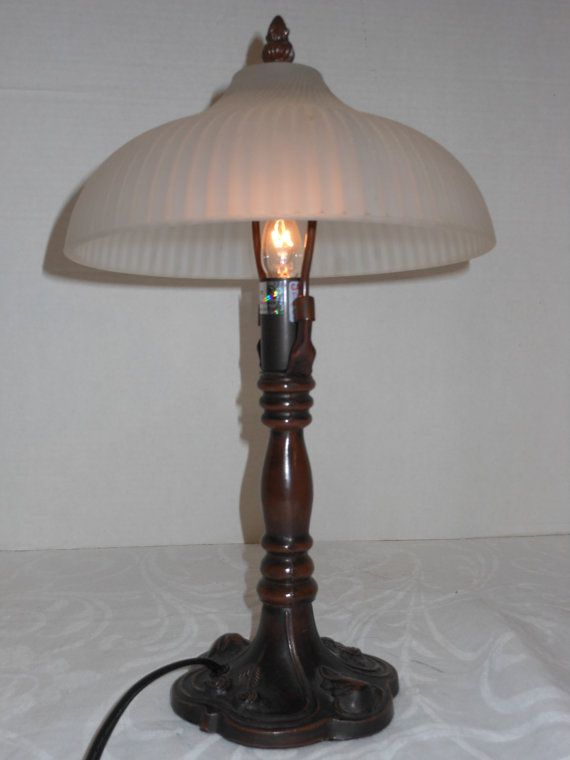 Lalamp Belge Antique Brass Oil Lamp With Glass Shade Lamp Oil Lamps Vintage Lamps