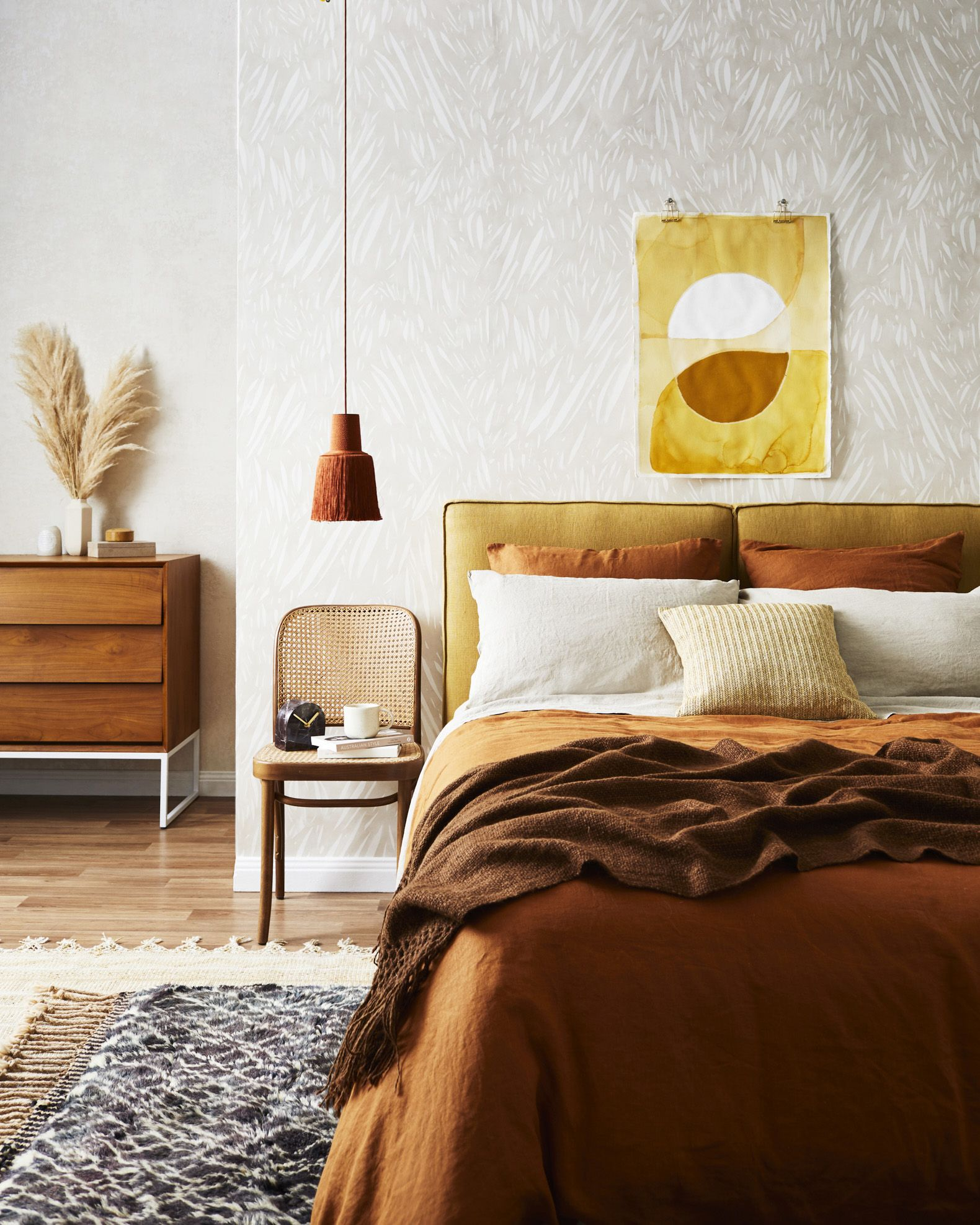 Warm Home Decor: Home Decor In Earthy Tones To Warm Your Home