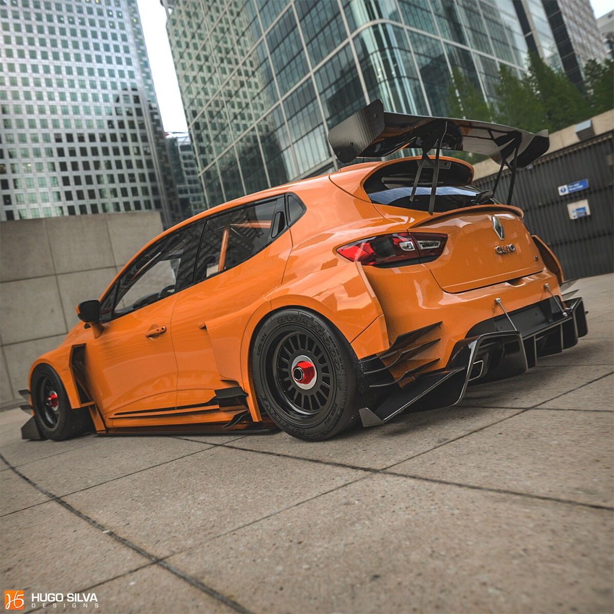 Renault Race Car: Old Renault Clio RS Race Car With Widebody Kit Looks Angry