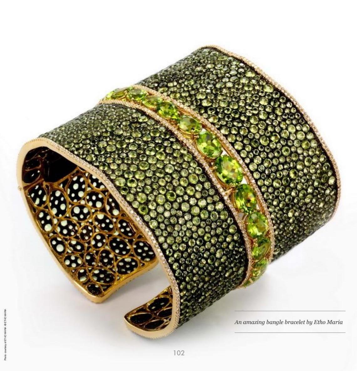 Jewellery historian historian bangle and bracelets