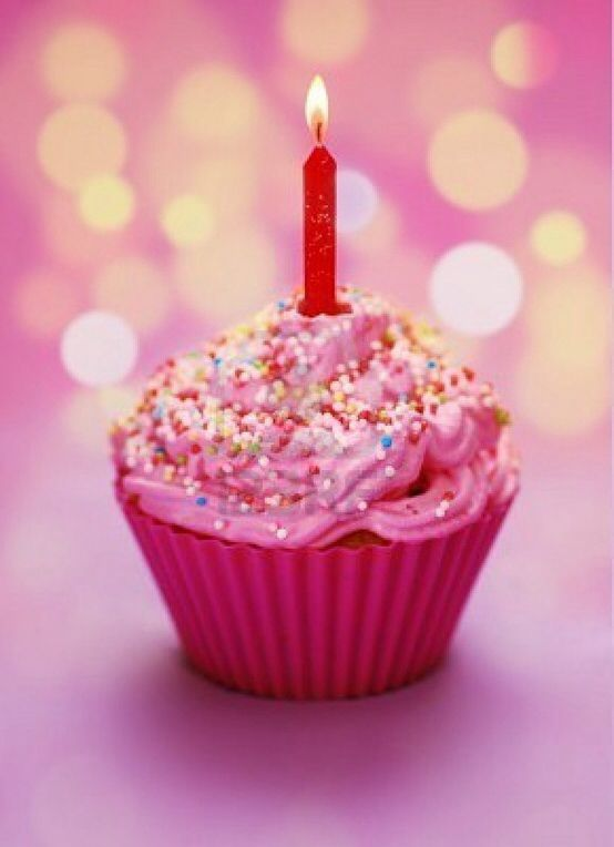 Pleasing Happy Birthday Cup Cake With Images Happy Birthday Cupcakes Funny Birthday Cards Online Eattedamsfinfo