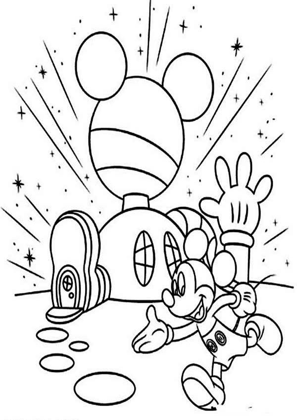 Mickey Mouse Clubhouse Mickey In Front of His Clubhouse Coloring