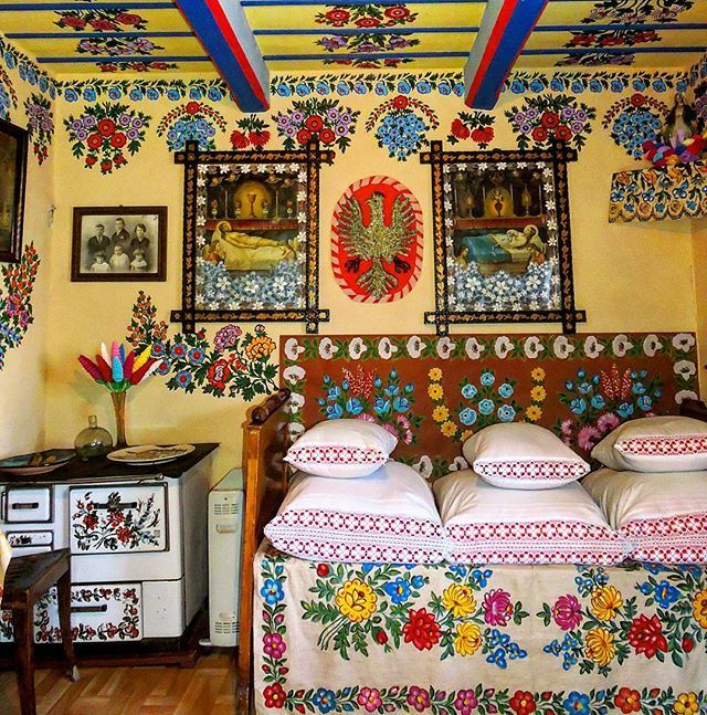 Tbt To Our Inspirational Visit To The Painted Village Of Zalipie Poland Avec Images Pologne