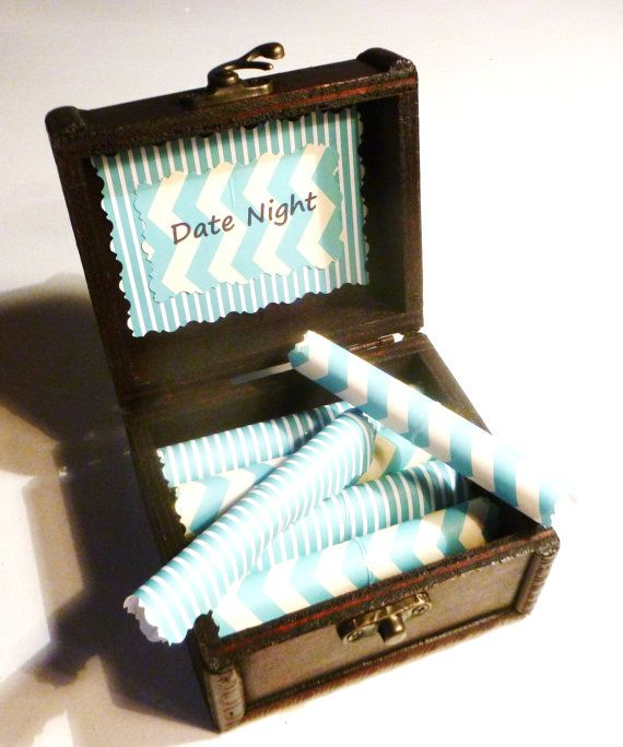 Date Night Scrolls Gift Box Of 12 Fun Dates For Boyfriend Husband Girlfriend Wife