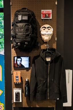 "Mr Robot themed store: ""Complete with a socially-powered vending machine and a hackable ATM doling out $50 to skilled techies, the themed shop will run from June 6 to July 24"""
